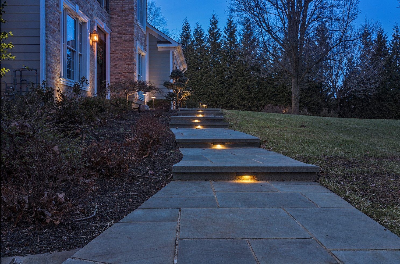 best outdoor lighting install